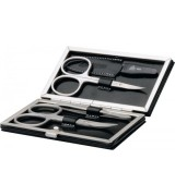 Erbe Collection vierteiliges Manicure Set im schwarzen...